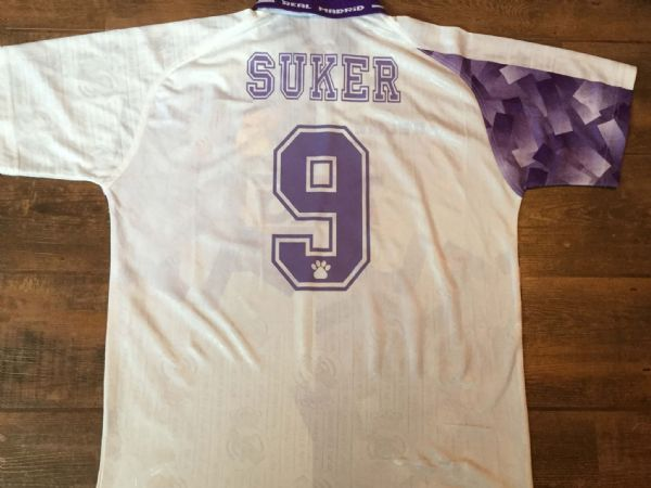 34ee75054 1996 1997 Real Madrid Suker Away Football Shirt Adults Large .